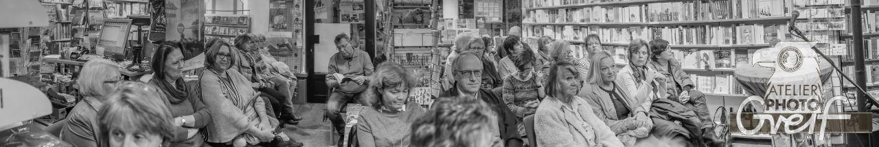 """Lesung mit Zsuzsa Bánk aus ihrem Roman """"Schlafen werden wir später"""" in der Buchhandlung Greif"""