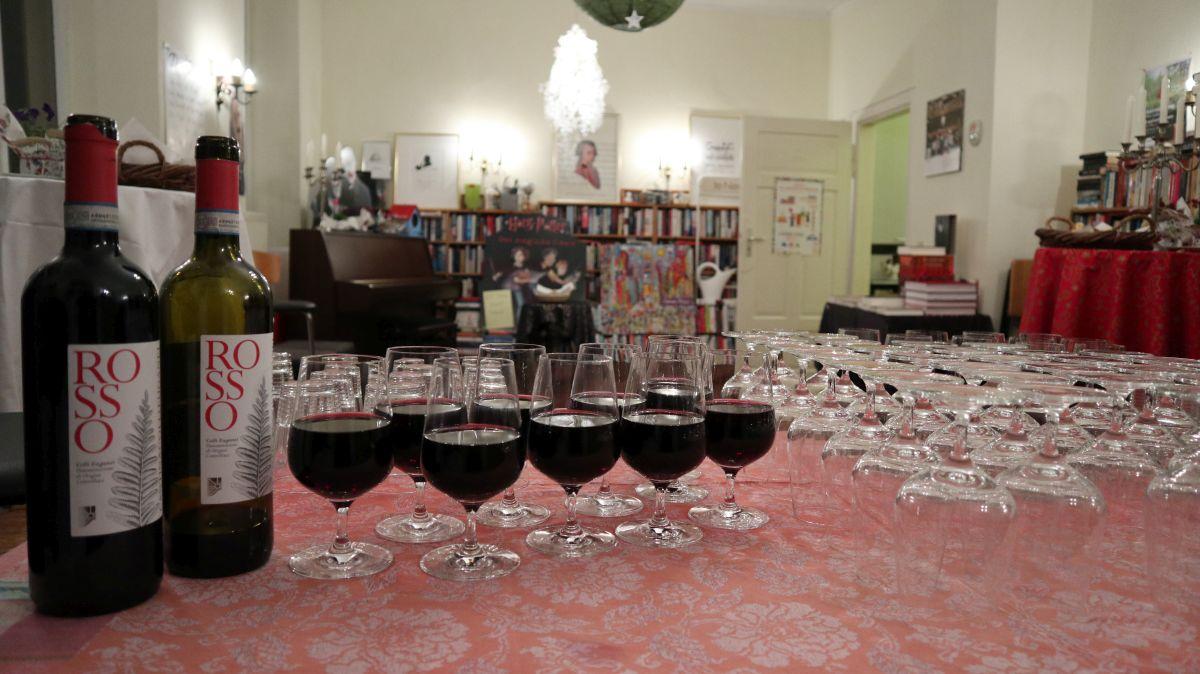 Wein und Weingläser