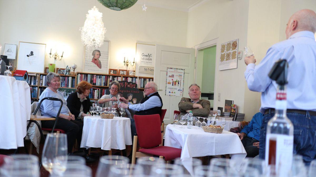 Whiskey Matinee mit Herrn Ralph Schweizer in der Buchhandlung Greif